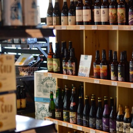 Wine, boutique wine, craft beer and organic groceries in Mammoth Lakes